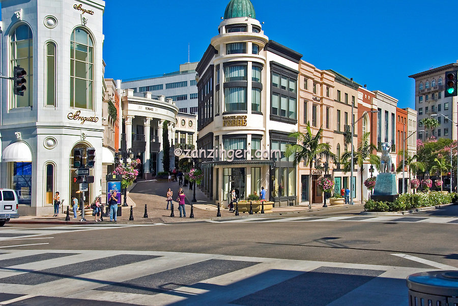 Rodeo Drive, Via Rodeo, Luxury Shopping, Beverly Hills, California, High dynamic range imaging (HDRI or HDR)