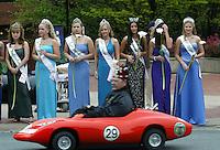 dogwood festival parade beauty queens