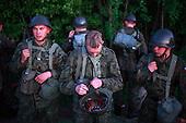 The last draft. Young Polish soldiers exercising at the range. Bartoszyce, Poland, May 2008<br /> (Photo by Piotr Malecki / Napo Images)<br /> Ostatni pobor.Zajecia z taktyki na poligonie. Bartoszyce.5/2008<br /> Fot: Piotr Malecki / Napo Images