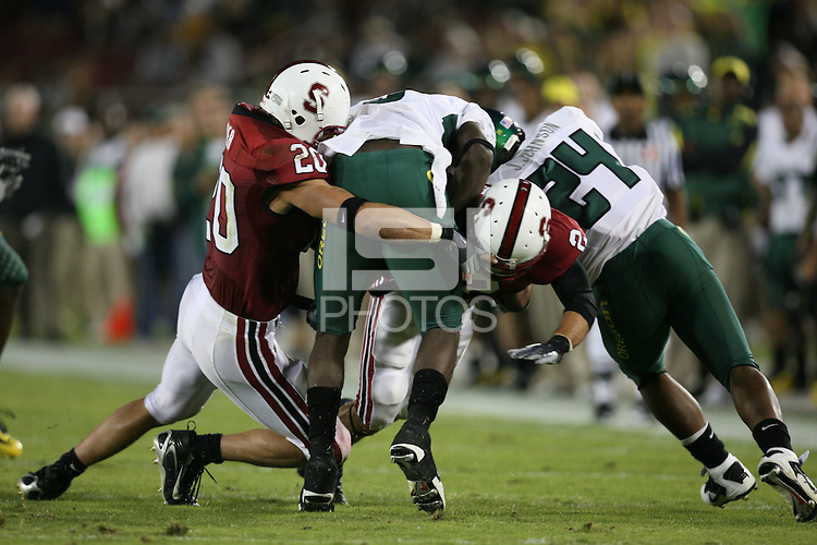 22 September 2007: Clinton Snyder during Stanford's 55-31 loss to the University of Oregon at Stanford Stadium in Stanford, CA.