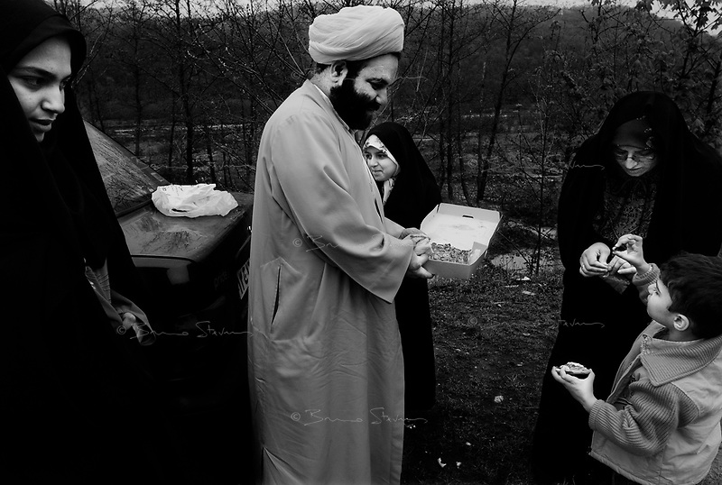 Alborz mountains, Iran, March 26, 2007.A family from Qom picnics on the road between Teheran and the Caspian sea.