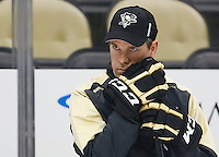 Head coach Mike Sullivan takes part in practice at Consol Energy Center in Pittsburgh, Pennsylvania on December 14, 2015. (Photo by Jared Wickerham / DKPS)