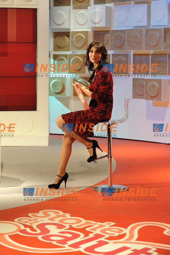Roma 15/02/2010 trasmissione STORIE DI SALUTE rai due in onda ogni martedì, presentato da Luana Ravegnini .Foto Gb / Insidefoto
