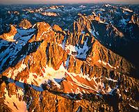 Sunrise on Sawtooth Peaks, Sawtooth National Forest, Sawtooth Wilderness, Rocky Mountains, Idaho