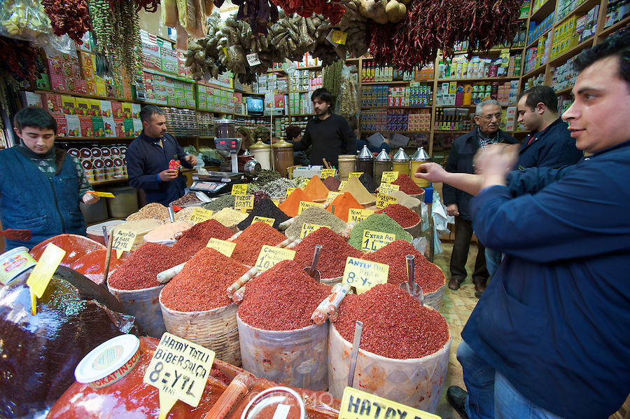 "Istanbul. At the Egyptian Bazar (""Spice Bazar""). Oriental spices."