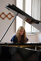RomeSmarts - Rome Summer Musical Arts..Toyich International Projects in collaboration with the University of Toronto, Canada. The pianist Michele Comrie.