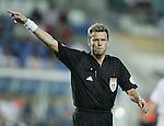 Fussball INTERNATIONAL EURO 2004 Spanien 1-0 Russland Schiedsrichter Urs Maier (SUI)