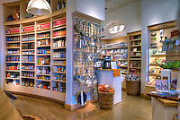 Williams - Sonoma, Luxury  Bedding, Kitchen, Bath & Decor, El Paseo Drive, The Gardens, Palm Desert, CA,  Boutique; famous; retailers; High dynamic range imaging (HDRI or HDR)