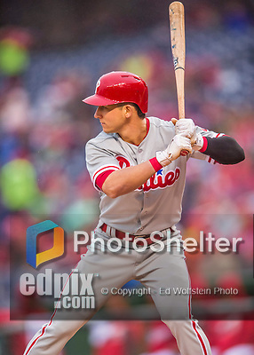 28 April 2016: Philadelphia Phillies outfielder David Lough in action against the Washington Nationals at Nationals Park in Washington, DC. The Phillies shut out the Nationals 3-0 to sweep their mid-week, 3-game series. Mandatory Credit: Ed Wolfstein Photo *** RAW (NEF) Image File Available ***