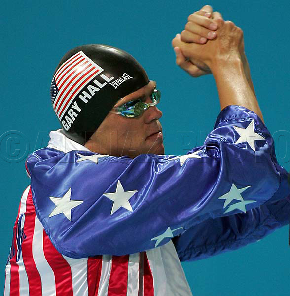 8/20/04 --Al Diaz/Miami Herald/KRT--Athens, Greece--Swimming Competition at the Olympic Aquatic Centre during the 2004 Athens Olympic Games. Gary Hall before the start of the Men's 50 Meter Freestyle. Hall wins the Gold in the event.
