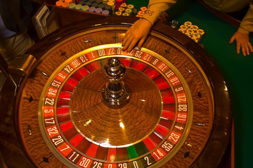 european roulette wheel in vegas