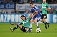 FUSSBALL   CHAMPIONS LEAGUE   SAISON 2013/2014   GRUPPENPHASE FC Schalke 04 - FC Chelsea        22.10.2013 Jermaine Jones (FC Schalke 04) gegen Oscar (re, FC Chelsea)