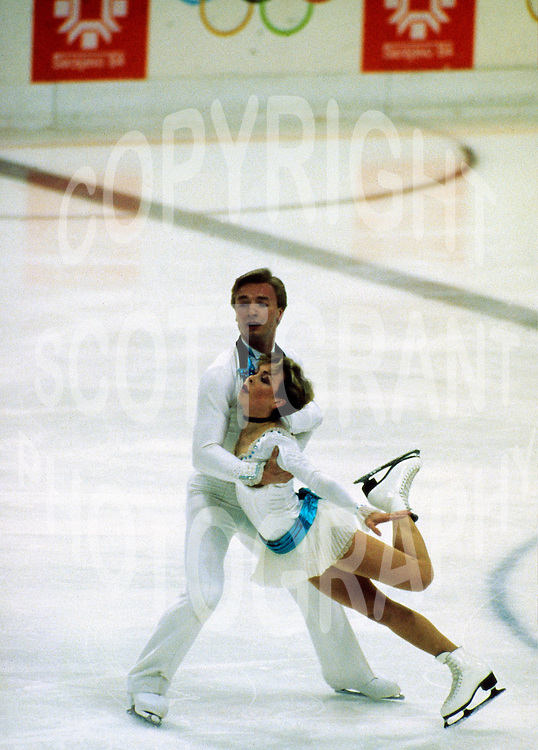 Jane Torvill and Christopher Dean, Great Britain, 1984 Olympics Sarajevo. Photo copyright Scott Grant