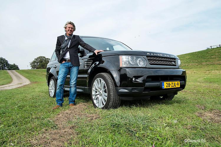 Nederland, Ijsselstein,  02-10-2013  Rik Bouhuis . Rubriek Zakenauto  FOTO: Gerard Til