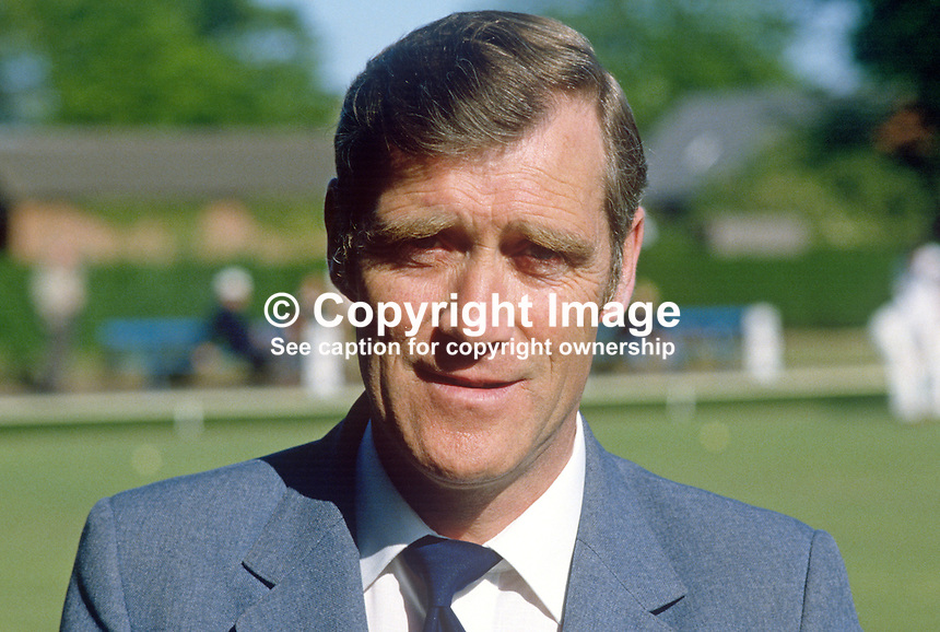 Tom Kennedy, Shaftesbury BC, Belfast, N Ireland, bowler, 19840059TK..Copyright Image from Victor Patterson, 54 Dorchester Park, Belfast, UK, BT9 6RJ..Tel: +44 28 9066 1296.Mob: +44 7802 353836.Voicemail +44 20 8816 7153.Skype: victorpattersonbelfast.Email: victorpatterson@me.com.Email: victorpatterson@ireland.com (back-up)..IMPORTANT: If you wish to use this image or any other of my images please go to www.victorpatterson.com and click on the Terms & Conditions. Then contact me by email or phone with the reference number(s) of the image(s) concerned.