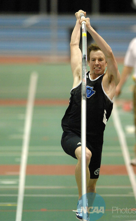 10 MAR 2007: Bryant Wilson of Grand Valley State competes in the men's pole vault competition during the Division II Men's and Women's Indoor Track and Field Championship held at the Reggie Lewis Track and Athletic Center in Boston, MA. Wilson won the event with a vault of 5.33 meters. Stephen Nowland/NCAA Photos