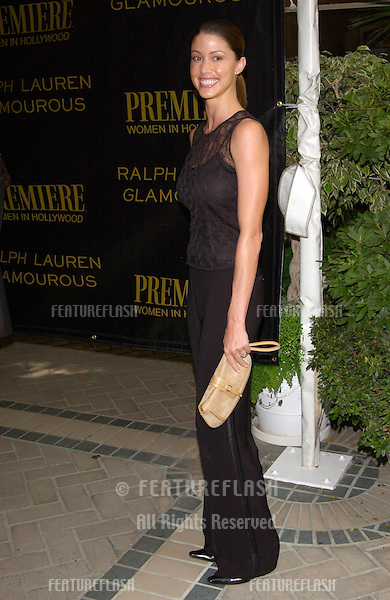 Actress SHANNON ELIZABETH at Premiere Magazine's Women in Hollywood luncheon at the Four Seasons Hotel, Beverly Hills. .22OCT2001.  © Paul Smith/Featureflash