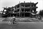 Kabul, August - September 2002 Afghanistan<br /> After 23 years of constant war Afghanistan tries to stand on its feet. There is a feeling of relative peace in the country. Life slowly returns to normal for the civilian population. .<br /> ( &copy; Filip Cwik / Napo Images dla Newsweek Polska )<br /> <br /> Kabul sierpien - wrzesien 2002 Afganistan.<br /> Po 23 latach nieustajacych wojen Afganistan probuje stanac na nogi. W kraju panuje wzgledny pokoj. Ludnosc cywilna powoli wraca do normalnego zycia. <br /> ( &copy; Filip Cwik / Napo Images dla Newsweek Polska )