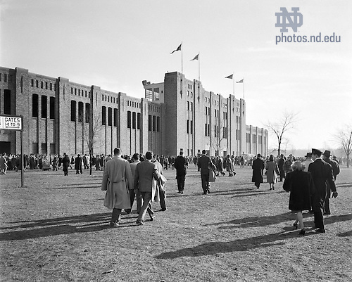 GBBY 45F/4403:  Football Game Day - Notre Dame vs. Southern California (USC) - Fans Outside Notre Dame Stadium, 1946/1130.