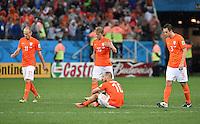 FUSSBALL WM 2014                HALBFINALE Niederlande - Argentinien       09.07.2014 Arjen Robben , Wesley Sneijder, Dirk Kuyt und Stefan de Vrij (v.l., alle Niederlande) sind enttaeuscht