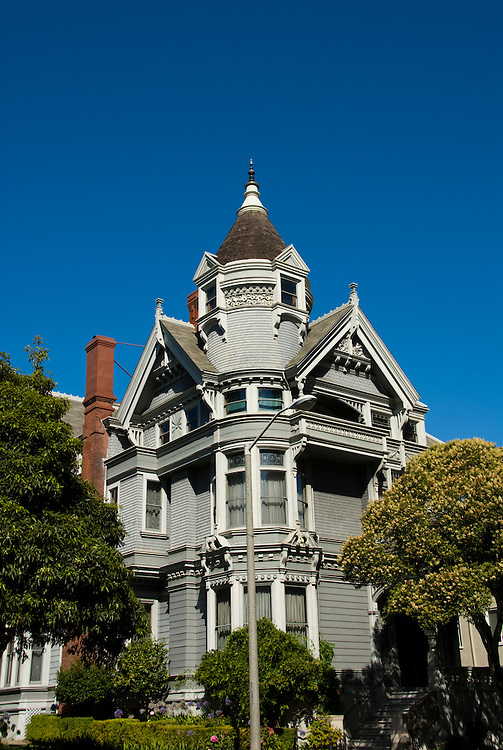 California: San Francisco. Haas-Lilienthal Victorian house. Photo copyright Lee Foster. Photo #: san-francisco-victorians-22-casanf83808