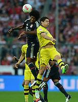 FUSSBALL   1. BUNDESLIGA   SAISON 2012/2013   SUPERCUP FC Bayern Muenchen - Borussia Dortmund            12.08.2012 Dante (li, FC Bayern Muenchen) gegen Robert Lewandowski (Borussia Dortmund)