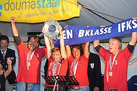 ZEILEN: LEMMER: IFKS Skûtsjesilen, 10-8-2013, Froukje Meijer (Jonge Jasper) kampioen B klasse, ©foto Martin de Jong