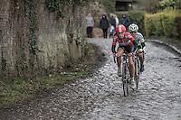 Puck Moonen (NED/Lotto-Soudal Ladies)<br /> over the Chemin de Wih&eacute;ries cobble section (Honelles)<br /> <br /> women's race<br /> GP Le Samyn 2017
