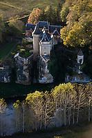 Europe/France/Aquitaine/24/Dordogne/Vallée de la Vézère/Périgord Noir/Thonac: Le Château de Belcayre - Vue Aérienne