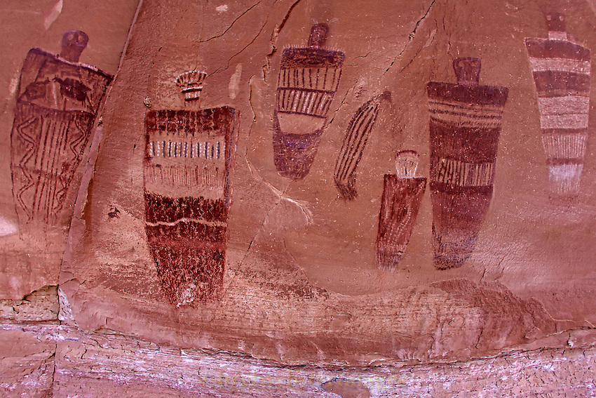 A beautiful section of the Great Gallery in Horseshoe Canyon of Canyonlands National Park.