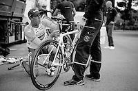 Simon Gerrans (AUS/Orica-GreenEDGE) fine-tuning his newest machine for the job ahead of Le Grand D&eacute;part<br /> <br /> Tour de France 2014