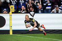 Will Homer of Bath Rugby dives for the try-line. Aviva Premiership match, between Bath Rugby and Sale Sharks on April 23, 2016 at the Recreation Ground in Bath, England. Photo by: Alexander Davidson / JMP for Onside Images