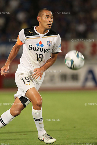 Naohiro Takahara (S-Pulse), JULY 9th, 2011 - Football : 2011 J.League Division 1 match between Ventforet Kofu 1-2 Shimizu S-Pulse at Yamanashi Chuo Bank Stadium in Yamanashi, Japan. (Photo by Kenzaburo Matsuoka/AFLO)