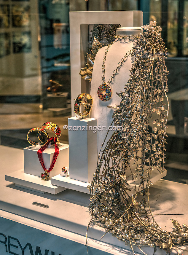 Rodeo Drive, Luxury Shopping, Quality, Boutique, American luxury specialty department stores, fashion and designer merchandise, Beverly Hills, Los Angeles CA, FREYWILLE, Distinctive jewellery