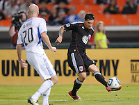 DC United midfielder Santino Quaranta (25) makes a pass.  San Jose Earthquakes defeated DC United 2-0 at RFK Stadium, October 9, 2010.