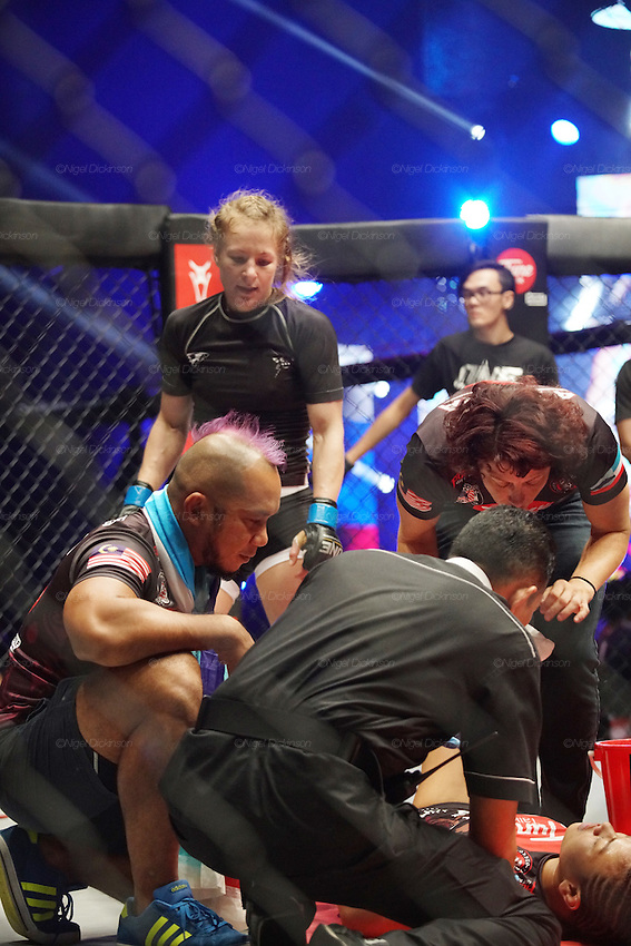 Irina Mazepa, 5X Wushu World Champion, knocked out Ann Osman, Malaysia WMMA star<br />