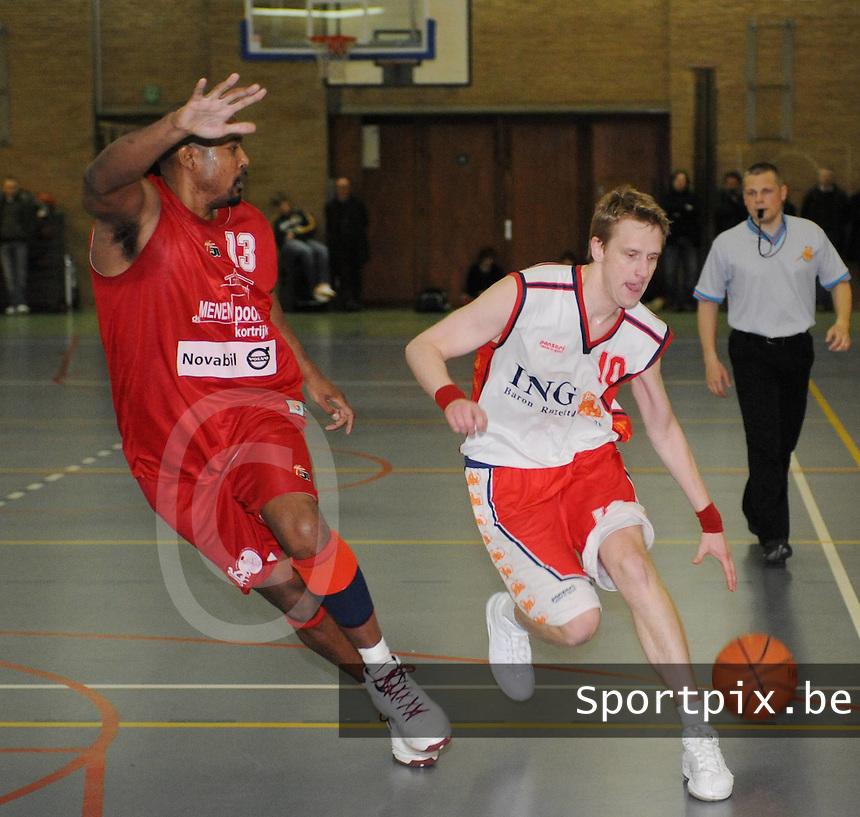Kortrijk Sport CB - BBC Oostkamp..duel tussen Wim Van De Keere (rechts) en Melvin Mc Cants (links)..foto David Catry / VDB