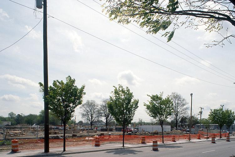 2001 April 13..Redevelopment.Old Dominion (R-28)..Convocation Center Construction...NEG#.NRHA#..