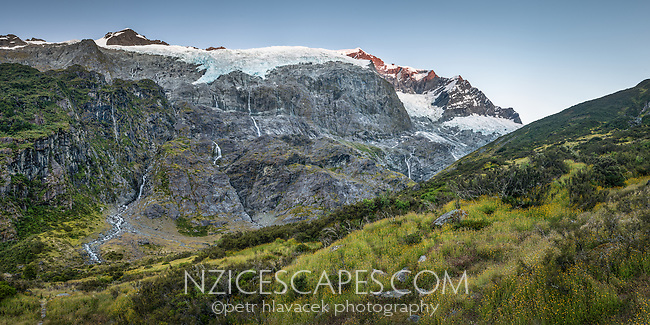 Morning at Rob Roy Glacier, Matukituki Valley, Central Otago, Mt. Aspiring National Park, UNESCO World Heritage Area, New Zealand, NZ