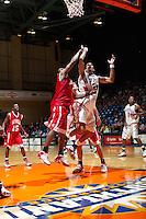 SAN ANTONIO, TX - FEBRUARY 2, 2006: The Nicholls State University Colonels vs. The University of Texas at San Antonio Roadrunners Men's Basketball at the UTSA Convocation Center. (Photo by Jeff Huehn)