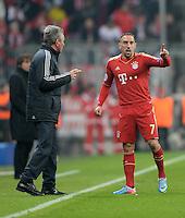 FUSSBALL  CHAMPIONS LEAGUE  VIERTELFINALE  HINSPIEL  2012/2013      FC Bayern Muenchen - Juventus Turin       02.04.2013 Trainer Jupp Heynckes (Fli) und Franck Ribery (re, beide FC Bayern Muenchen)
