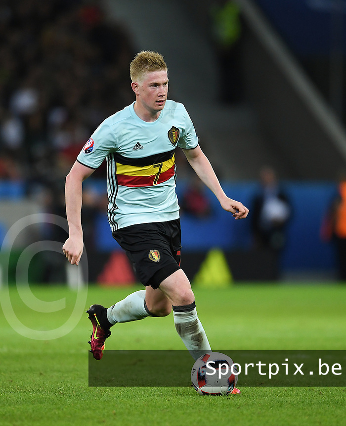 20160701 - LILLE , FRANCE : Belgium's Kevin De Bruyne pictured during the soccer game between Wales and Belgium , the second quarter final at the European Championship 2016 in France  , Friday 1 st July 2016 at Stade Pierre Mauroy - Lille Metropole , France . PHOTO SPORTPIX.BE / DAVID CATRY
