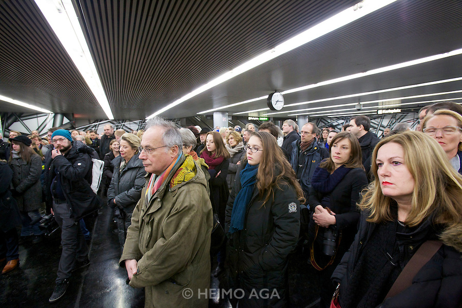 Opening of a permanent installation by internationally acclaimed Austrian artist Peter Kogler at the walls of Vienna's Karlsplatz subway station between U1 and U2 subway lines..KÖR's Ricky Renier (r.)