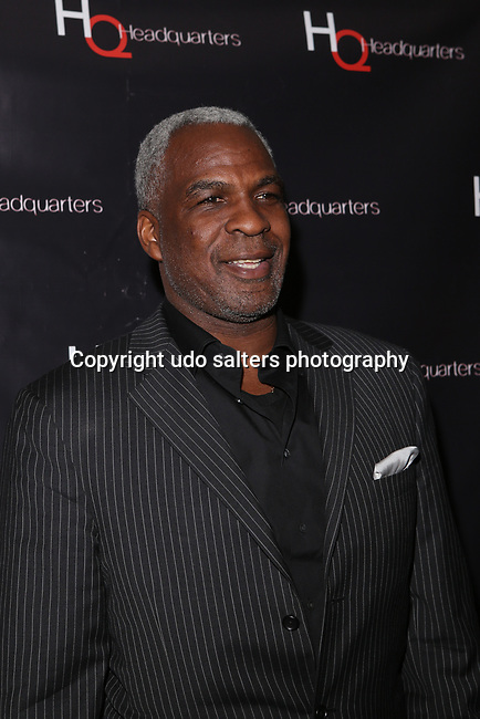 NBA LEGEND CHARLES OAKLEY HOSTS MARCH MADNESS PARTY AT HEADQUARTERS GENTLEMEN'S CLUB