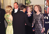 Meg Ryan and Dennis Quaid attend the State Dinner in honor of King Juan Carlos of Spain at the White House in Washington, DC on February 23, 2000. Pictured, left to right, Meg Ryan, King Juan Carlos of Spain, Dennis Quaid, First Lady Hillary Rodham Clinton, and Queen Sofia of Spain..Credit: Ron Sachs / CNP