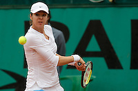 Galina Voskoboeva (KAZ) against Sania Mirza (IND) in the first round of the Women's Singles. Voskoboeva beat Mirza 6-4 7-6..Tennis - French Open - Day 3 - Tues 26th May 2009 - Roland Garros - Paris - France..Frey Images, Barry House, 20-22 Worple Road, London, SW19 4DH.Tel - +44 20 8947 0100.Cell - +44 7843 383 012