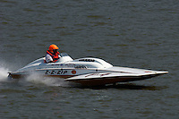 "2003 Madison Regatta, 5-6 July 2003, Madison, IN USA                                .Tom D'Eath, ""Z-Z-Zip"" F-4, 266 class hydroplane.F. Peirce Williams .photography.P.O.Box 455  Eaton, OH 45320 USA.p: 317.358.7326  fpwp@mac.com"