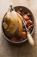 Europe/France/Rhône-Alpes/26/Drôme: Pintadeau de la Drome aux olives de Nyons  //  France, Drome, guinea fowl of the Drome olives Nyons