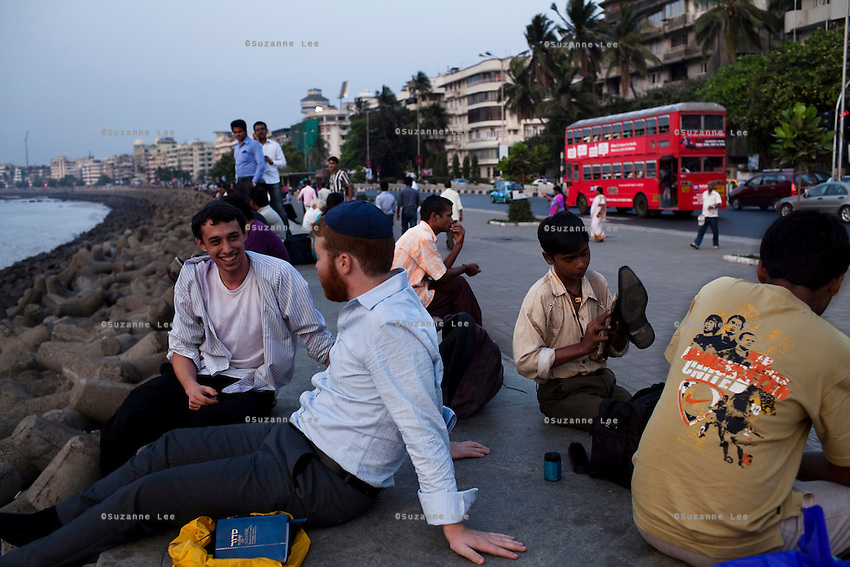 Evening scenes of the Marine Drive in Mumbai, India. Photo by Suzanne Lee
