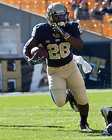 Pittsburgh running back Dion Lewis. The Pittsburgh Panthers defeated the Syracuse Orange 37-10 at Heinz Field, Pittsburgh Pennsylvania on November 7, 2009..
